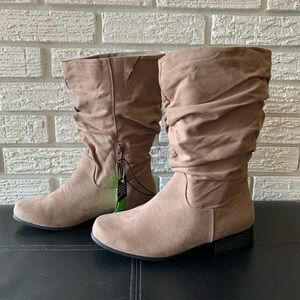 NWT East 5th Jarret Slouch Boots Tan Size 8 Wide